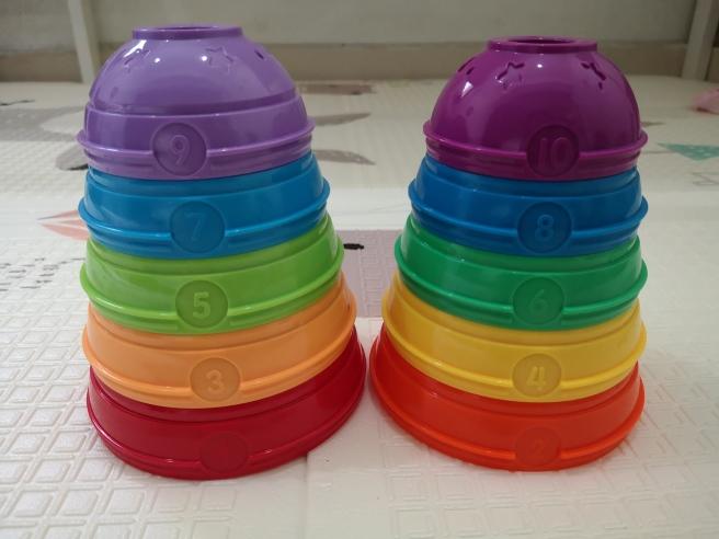 Belajar angka ganjil dan genap menggunakan stacking cups